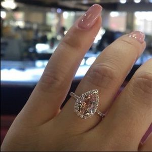 Jewelry - COPY - Stunning Rose Gold Ring